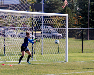 Abi Stomberg | Argonaut Goalkeeper, Marina Siegl, defends the goal in practice Wednesday at Guy Wicks Field. The Vandal soccer team travels to Phoenix, Ariz., Sunday to play Grand Canyon.