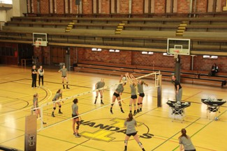 Yishan Chen | Argonaut The Idaho volleyball team practices Wednesday at Memorial Gym. The Vandals play their first matches of the spring in a doubleheader Saturday in Pullman.