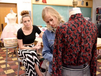Amelia C. Warden | Argonaut Maddie Munson (left) and Kaity Dolezal (right) prepare for the Moscowrade Wearable Art Fashion Show this Saturday at 8 p.m. in the Vandal Ballroom in the Bruce Pitman Center.