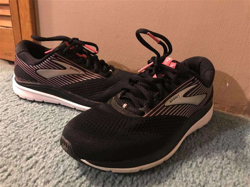 shoes that help with overpronation